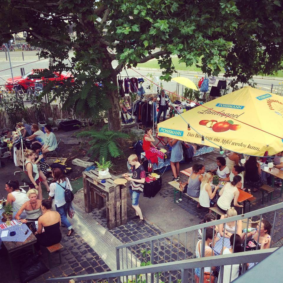 Sommer-Mädchenflohmarkt 20.07.2014  (1/6)
